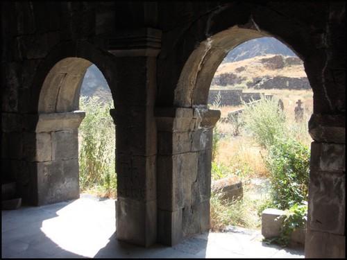 Armenie arcades monastere vorotnavank