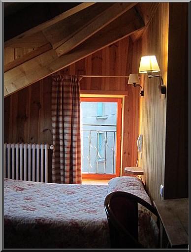 Formigueres chambre Hotel Pecheyre