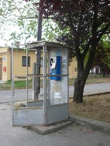 Komarom cabine telephonique