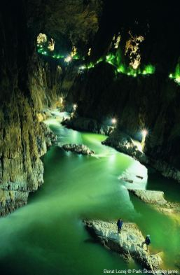 La canyon souterrain de la rivière Reka