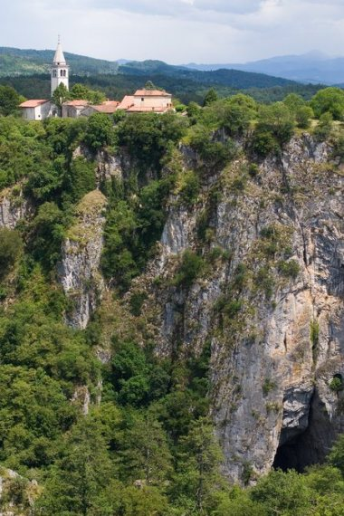 village skocjan