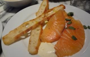 saumon restaurant semilla paris