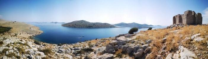 Panorama sur les ruines des Kornati