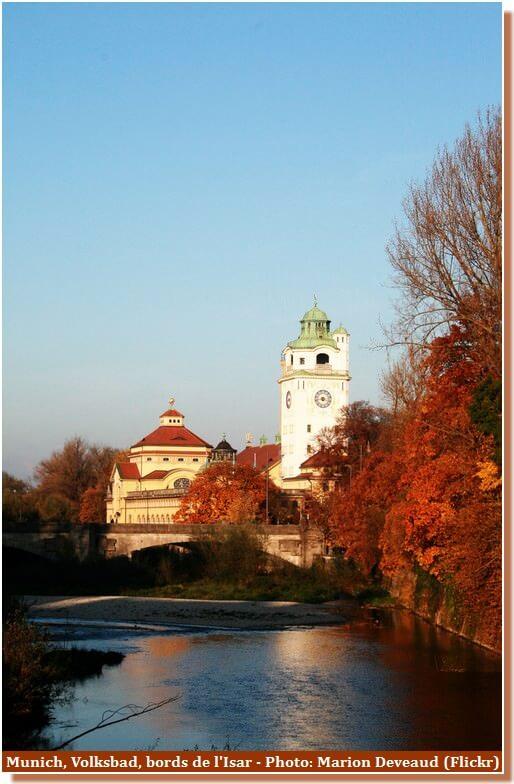 Munich Volksbad au bord de l'Isar