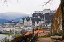 Salzbourg panorama sous le ciel gris