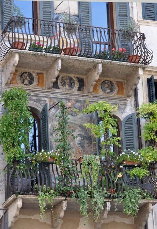 Verone Balcon et fresque