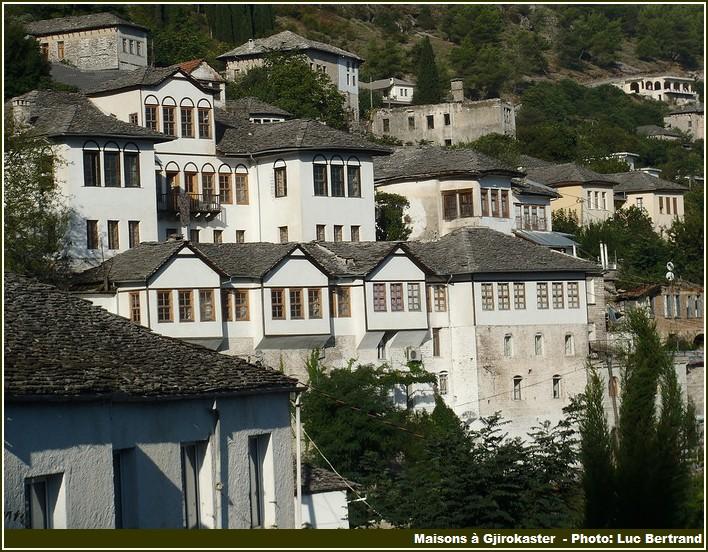 Maisons Gjirokaster