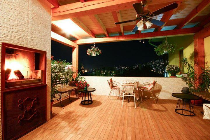 Terrasse Guest House Rose Sarajevo de nuit