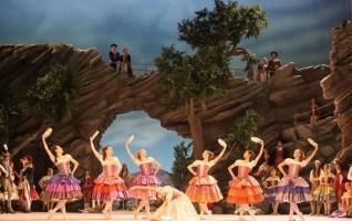 ballet munich Paquita Ensemble Pas de sept-bohemiens Wilfried-Hoesl
