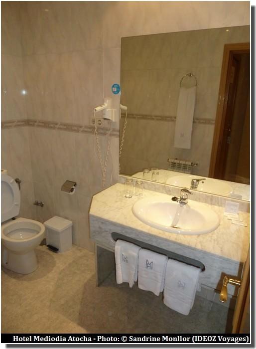hotel mediodia atocha salle de bain