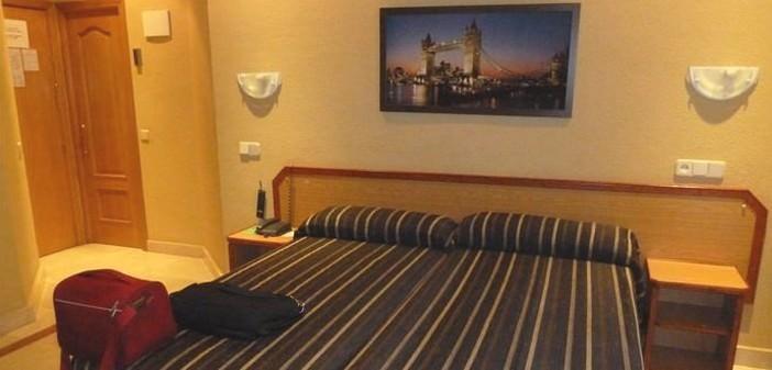 madrid hotel mediodia atocha chambre triple