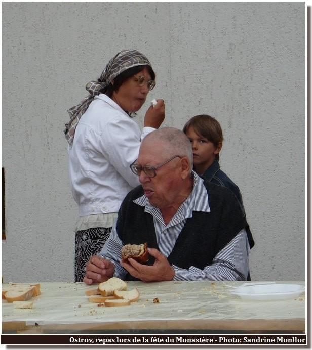 Ostrov repas du monastere degustation du gateau
