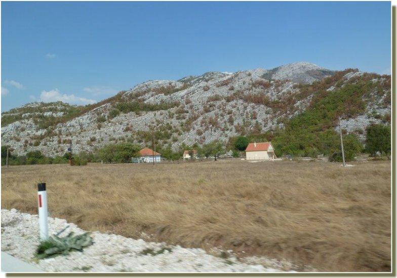 Bord de route en republique serbe de bosnie