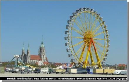 Fruhlingsfest à Munich Grande roue et fete foraine