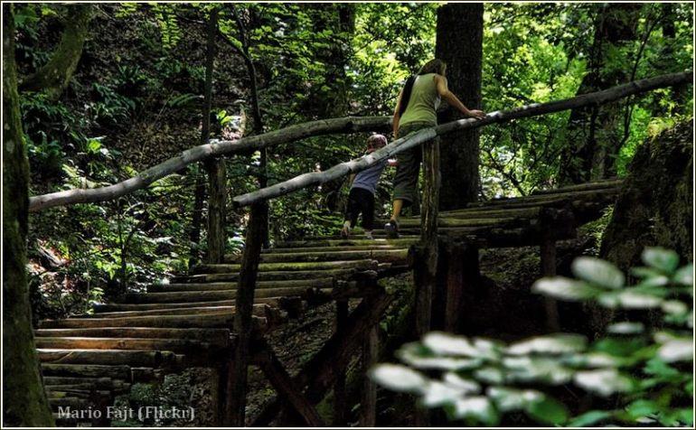 Promenade à Plitvice avec des enfants