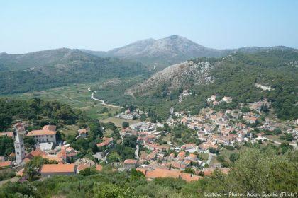 Ville de Lastovo sur l'île de Lastovo en Croatie du sud