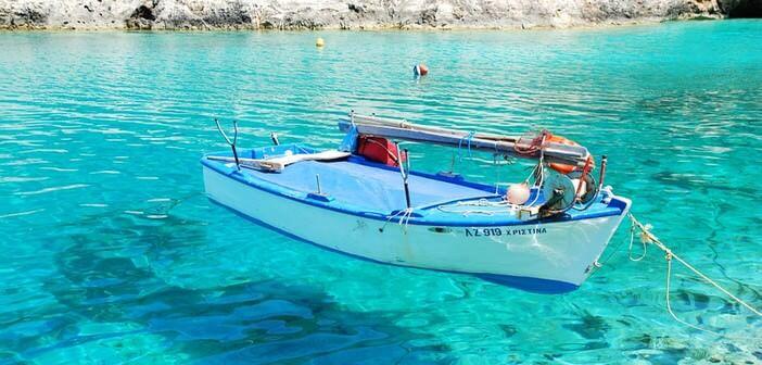 barque sur la mer