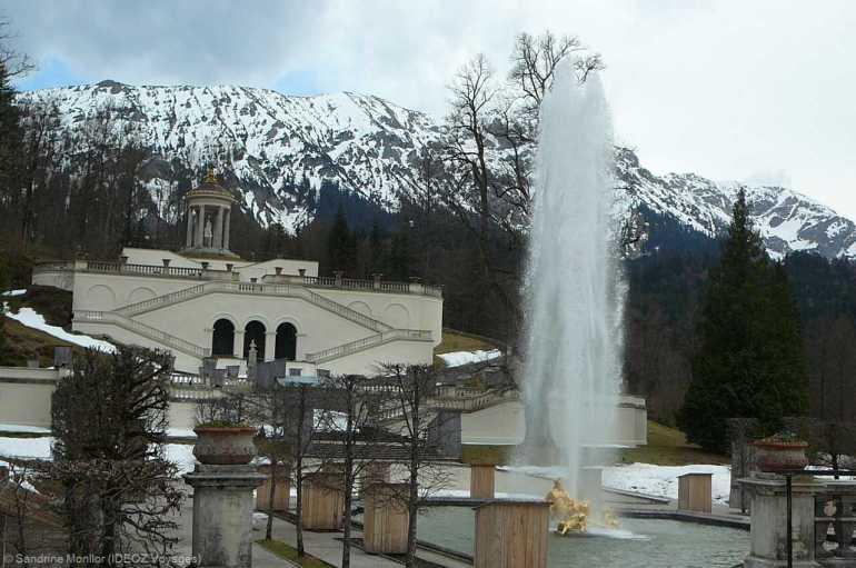 Chateau de Linderhof belvedere et fontaine