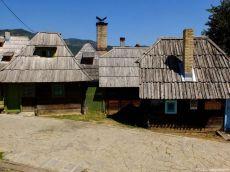 drvengrad kustendorf maison de l'ethnovillage