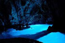 grotte bleue en Croatie à Bisevo