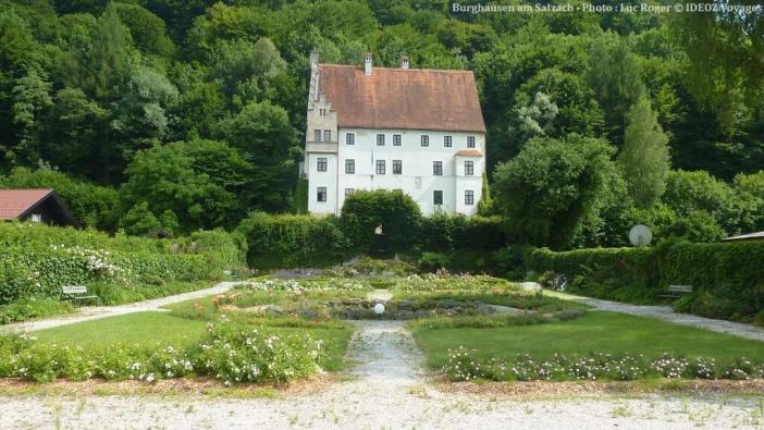 Burghausen am Salzach bâtisse près du chateau et jardin