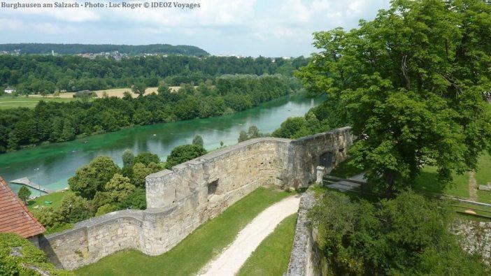 Burghausen vue sur la rivière Salzach depuis la forteresse