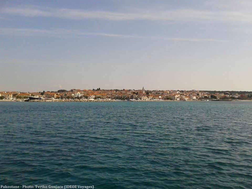 Pakostane depuis la mer Adriatique