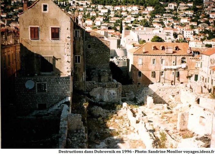 Destructions dans Dubrovnik pendant la guerre de Croatie