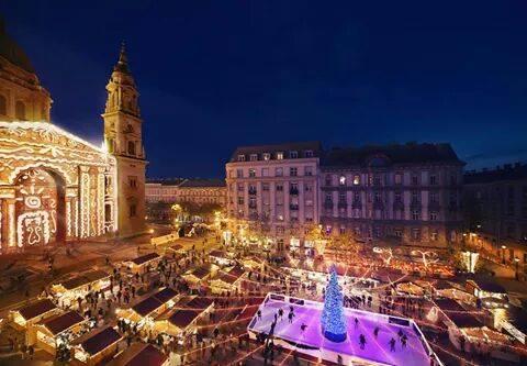 Marché de Noel de la place saint Etienne à Budapest