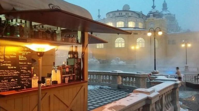Bains Szechenyi Budapest varosliget buvette