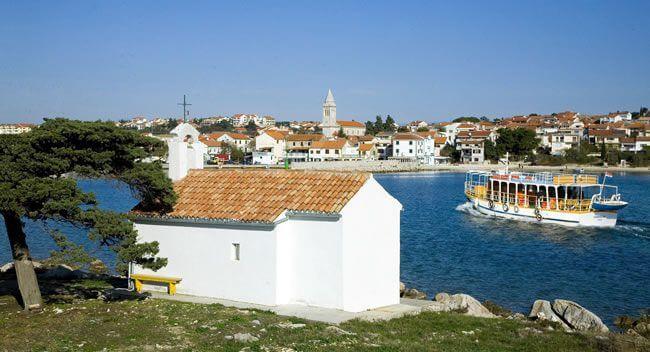 Chapelle à Pakostane en Dalmatie du nord