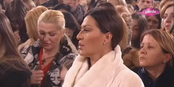 Chanteuse serbe Svetlana Ceca Raztanovic lors de la soirée de réveillon de noel à la liturgie du monastère Rajinovac