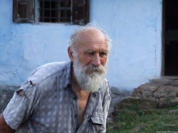 Arilje vieil homme serbe (1)