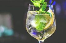 Cocktail Hugo ou spritz blanc autrichien