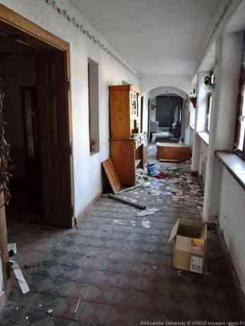 Krcedin couloir d'une maison abandonnée