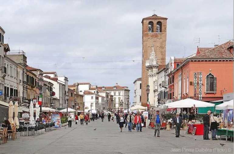 promenade du marché de Chioggia à Venise