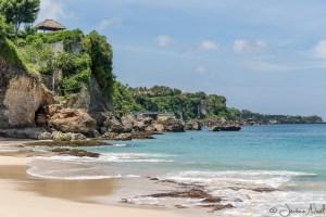 Pantai Tegal Wangi - Rock Bar