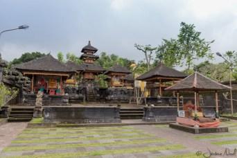 Besakih - Le temple