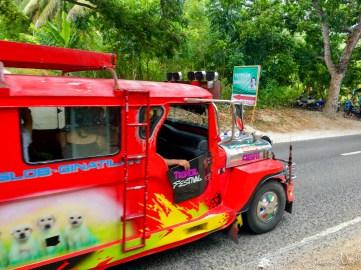 Le jeepney pour les Tumalog Falls