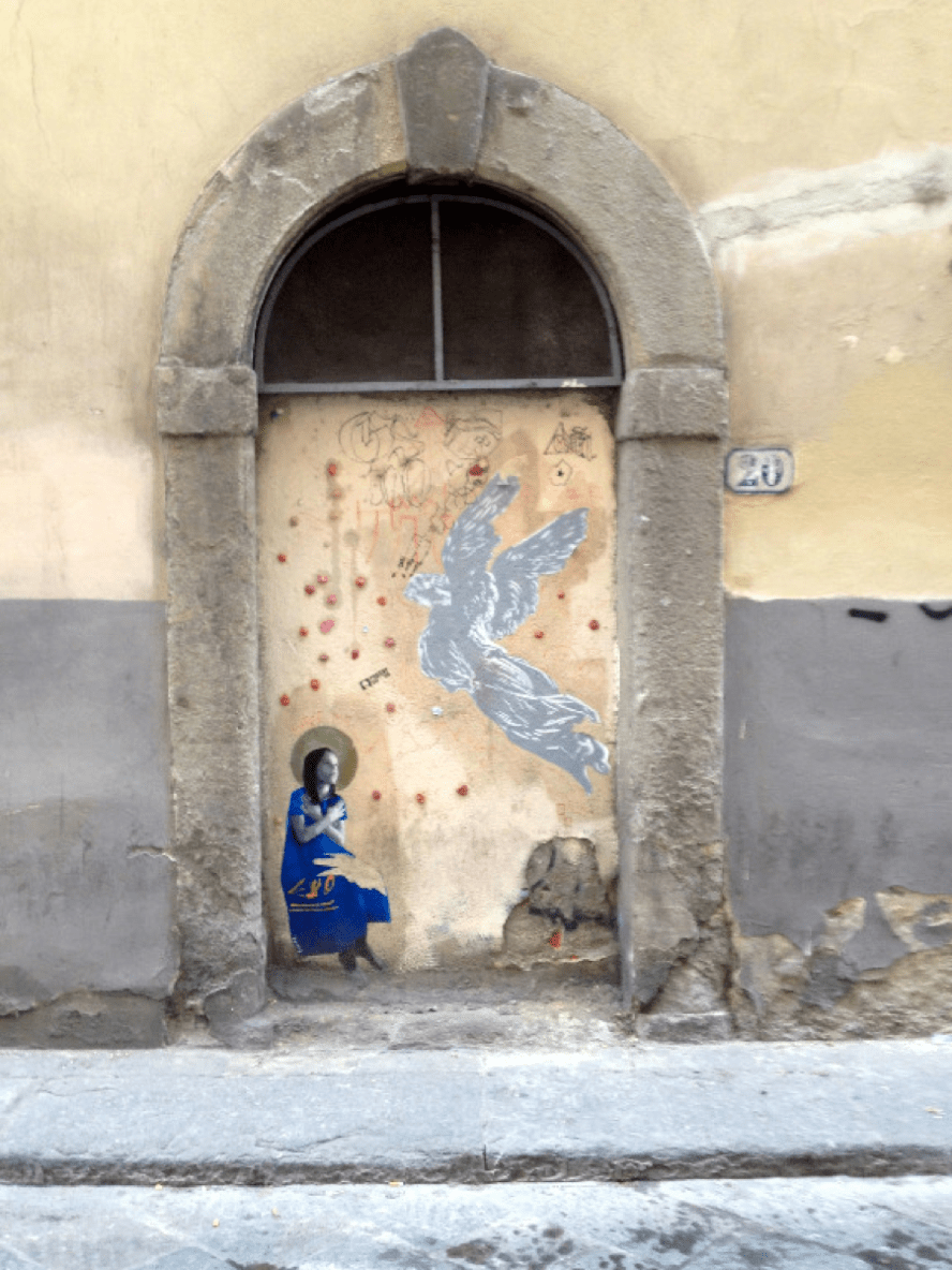 Fig. 12. Graffiti on via dello Sprone