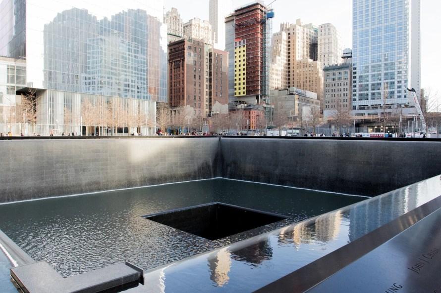 memorial-863327_1280.jpg