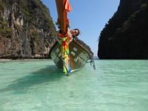 Viking Cave en Phi Phi Ley... Y Helo en su barco de princesa...