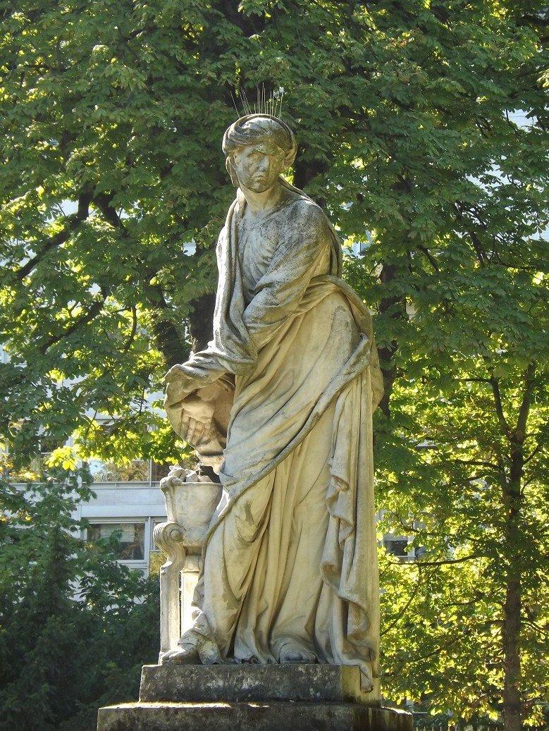 voyageursaparistome6  Archive du Blog  Les statues du jardin du Luxembourg