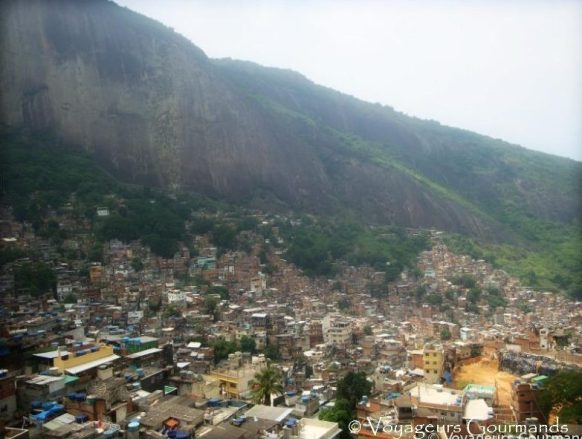 Favela (4) bis
