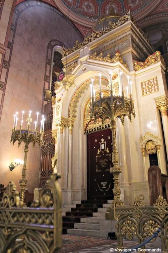 synagogue budapest 18