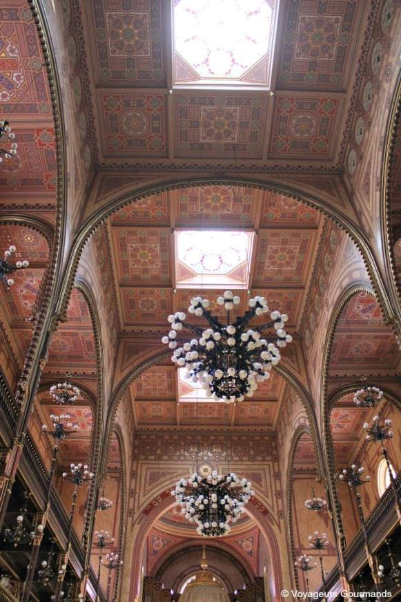 synagogue budapest 22