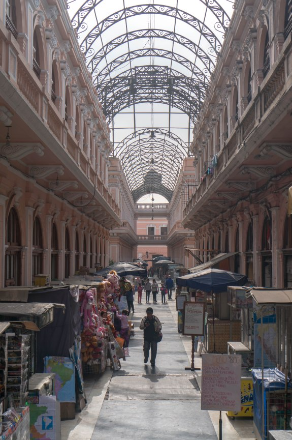 Mercado en Lima