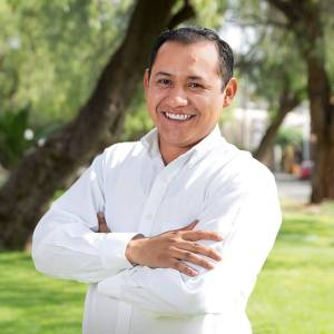 Padre de Alejandro Ochoa agredió a su acreedor