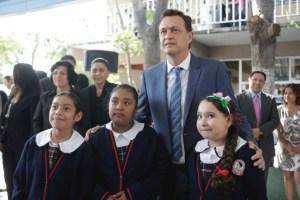 Anuncia Kuri que proyecto Educar Uno se implantará en escuela Josefa Ortíz de Domínguez