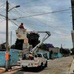 Regularizan servicio de energía eléctrica en 130 viviendas de El Rosario y El Durazno, El Marqués